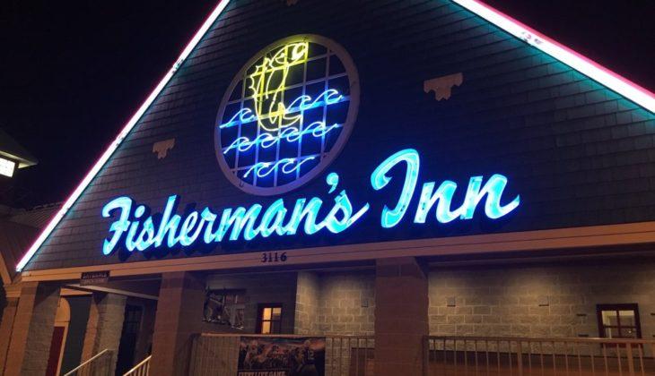 The Crab Deck @ Fisherman's Inn Restaurant